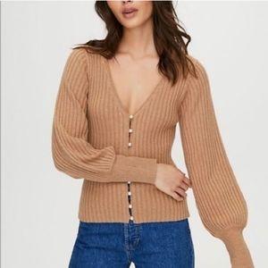 EUC WILFRED Aritzia Pearl Beige Tan Cardigan Knit Wool Blend XS